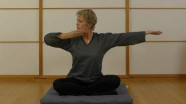 Medizinisches Qi Gong – Übung gegen Schulter- und Nackenschmerzen